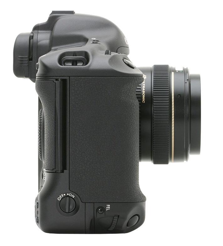 le Canon EOS 1Ds de côté