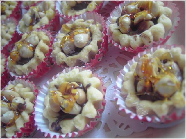 Halawiyat maghribia en arabe de choumicha gateaux for Anaka maghribia cuisine