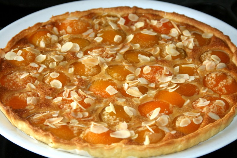 tarte aux abricots et aux amandes le blog de monjournaldecuisine. Black Bedroom Furniture Sets. Home Design Ideas