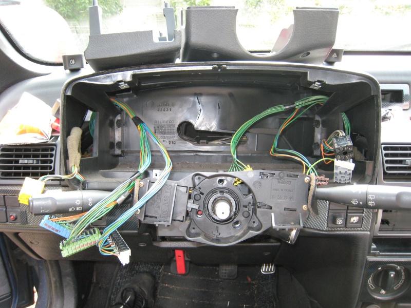 1 9td combin changement des ampoules de compteur sur for Garage peugeot larche