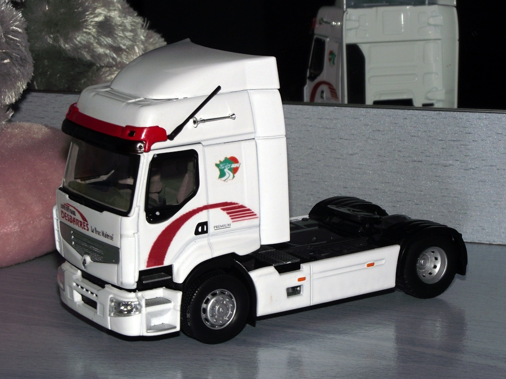 maquette camion eligor. Black Bedroom Furniture Sets. Home Design Ideas