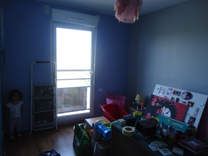 chambre b b gar on au secours. Black Bedroom Furniture Sets. Home Design Ideas