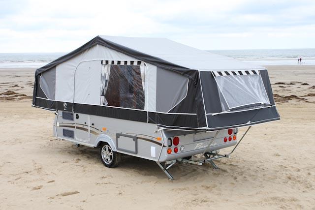 caravane pennine le luxe. Black Bedroom Furniture Sets. Home Design Ideas